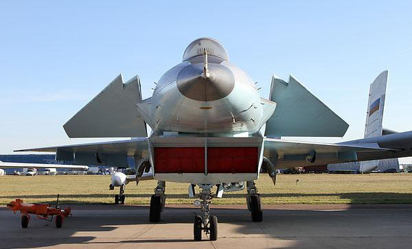 Nga se khoi phuc tiem kich MiG-1.44 de dau voi F-22 My?-Hinh-10