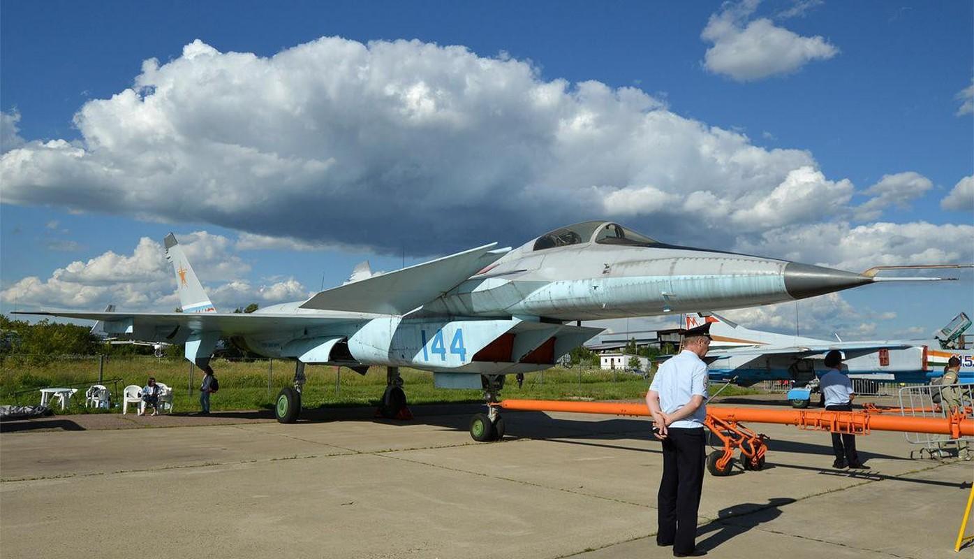 Nga se khoi phuc tiem kich MiG-1.44 de dau voi F-22 My?-Hinh-13