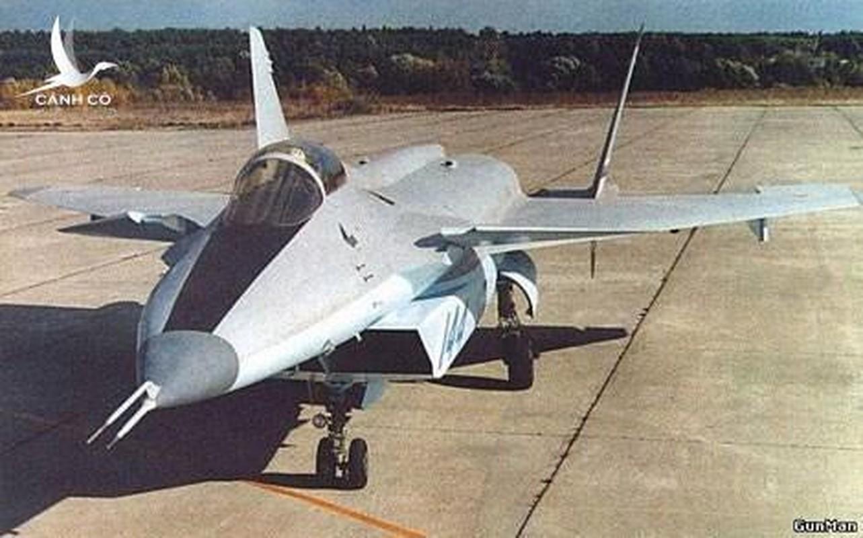 Nga se khoi phuc tiem kich MiG-1.44 de dau voi F-22 My?-Hinh-18