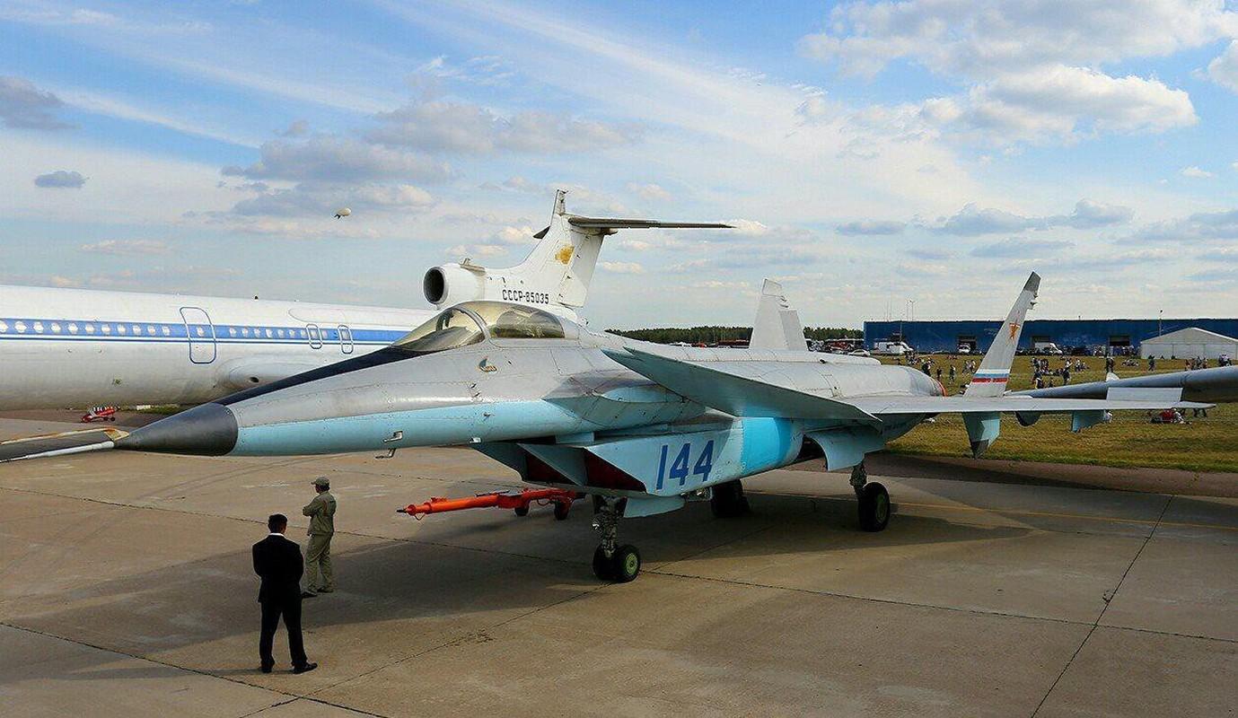 Nga se khoi phuc tiem kich MiG-1.44 de dau voi F-22 My?-Hinh-8