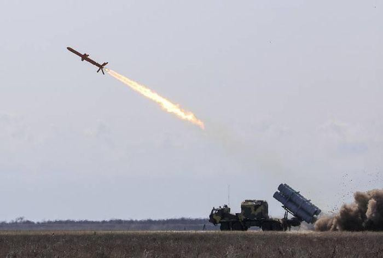 Dai ta Ukraine khang dinh ten lua Neptune se khien Nga phai hoang so-Hinh-11