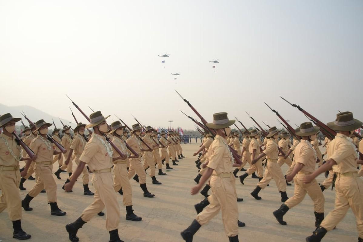 Dan vu khi khung cua Myanmar trong le duyet binh giua bien dong-Hinh-2