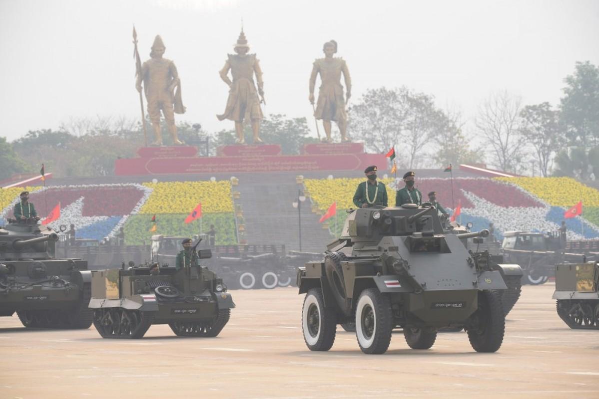 Dan vu khi khung cua Myanmar trong le duyet binh giua bien dong-Hinh-4