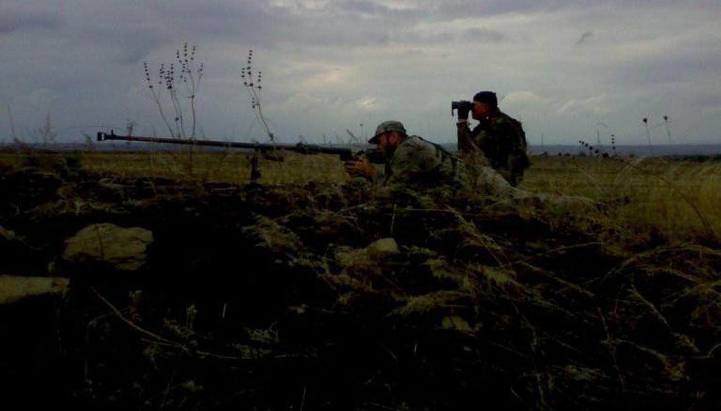 Quan ly khai dung sung chong tang Lien Xo de khoan thung xe boc thep Ukraine-Hinh-16