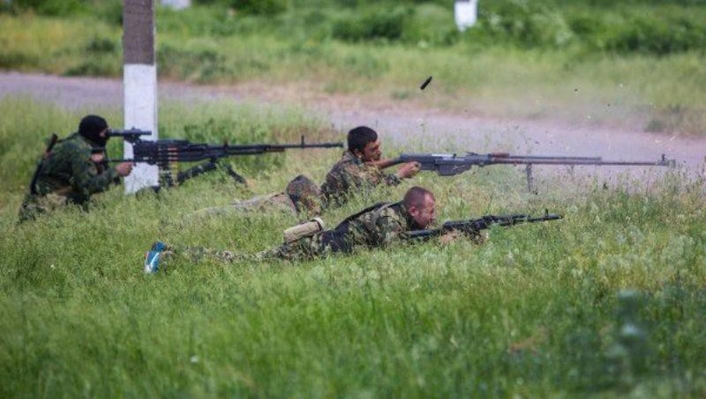 Quan ly khai dung sung chong tang Lien Xo de khoan thung xe boc thep Ukraine-Hinh-20