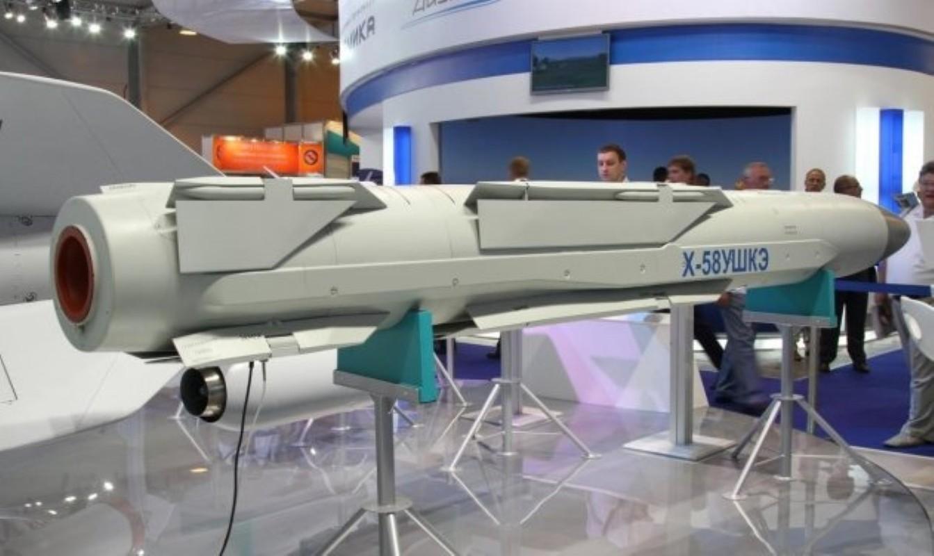 Nong: Tiem kich Su-57 mang duoc toi da 16 tan vu khi!-Hinh-13
