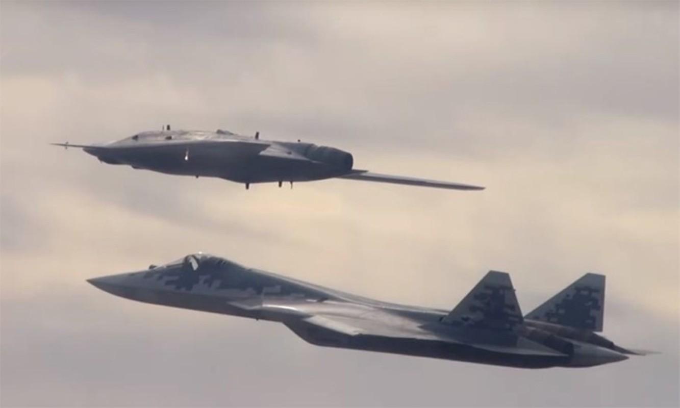 Nong: Tiem kich Su-57 mang duoc toi da 16 tan vu khi!-Hinh-15