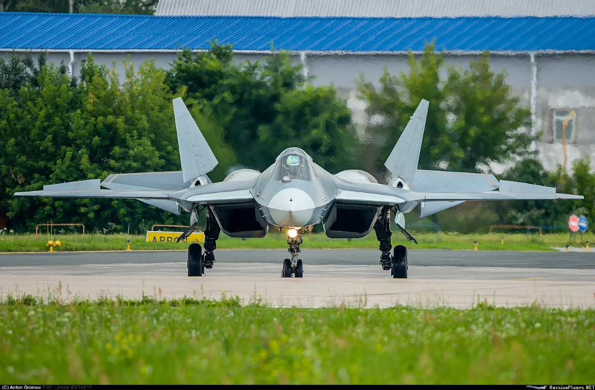 Nong: Tiem kich Su-57 mang duoc toi da 16 tan vu khi!-Hinh-3