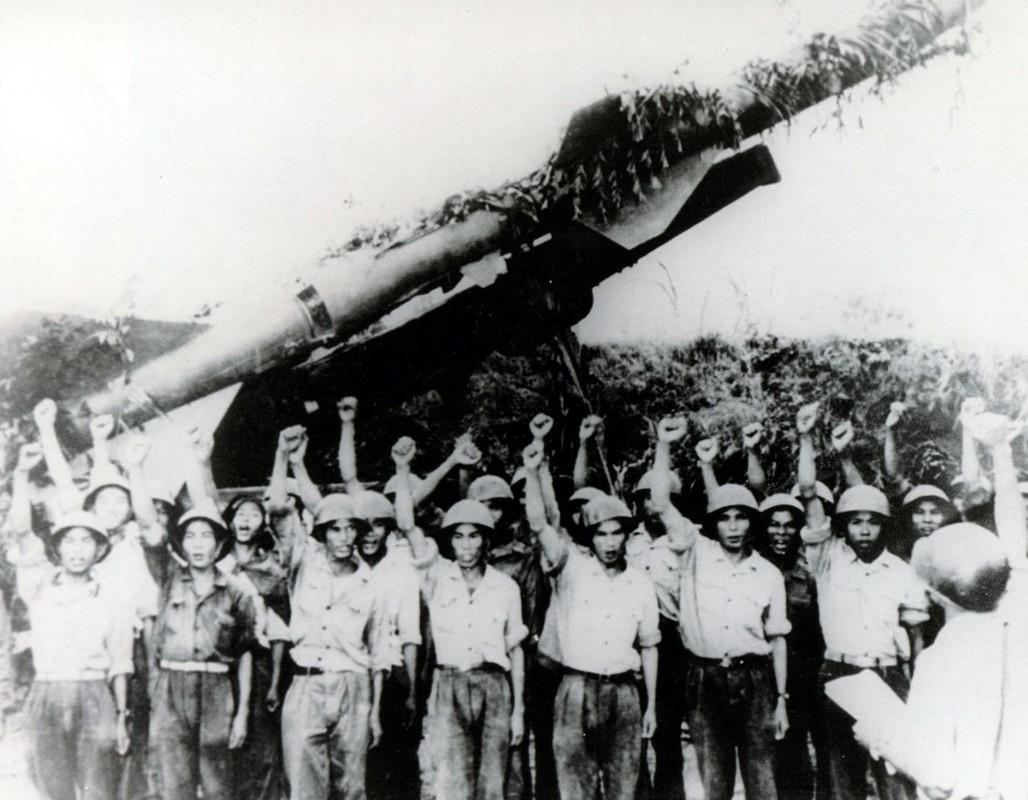 Noi tang ten lua SAM2 cua Viet Nam de ban B-52 co kho khong?-Hinh-4