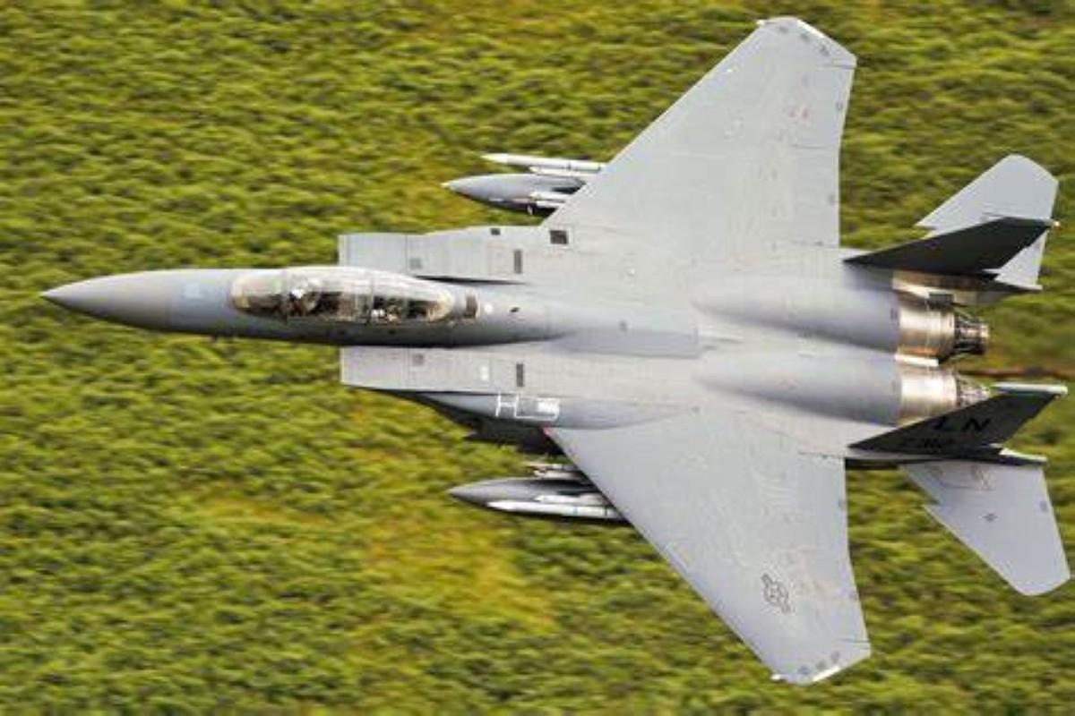 Tiem kich F-15 van qua manh, Khong quan My chua can F-35