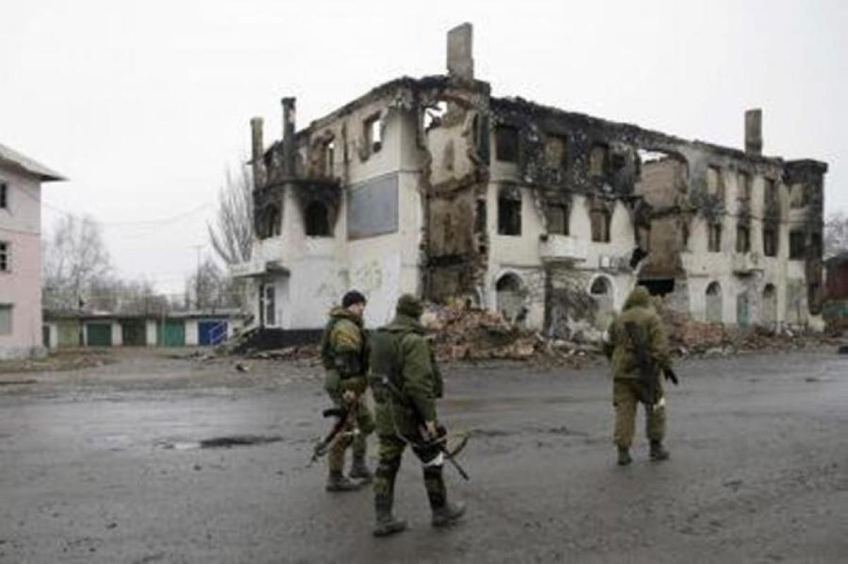 5 loai vu khi Nga 'don doi' quan doi Ukraine o bien gioi-Hinh-10