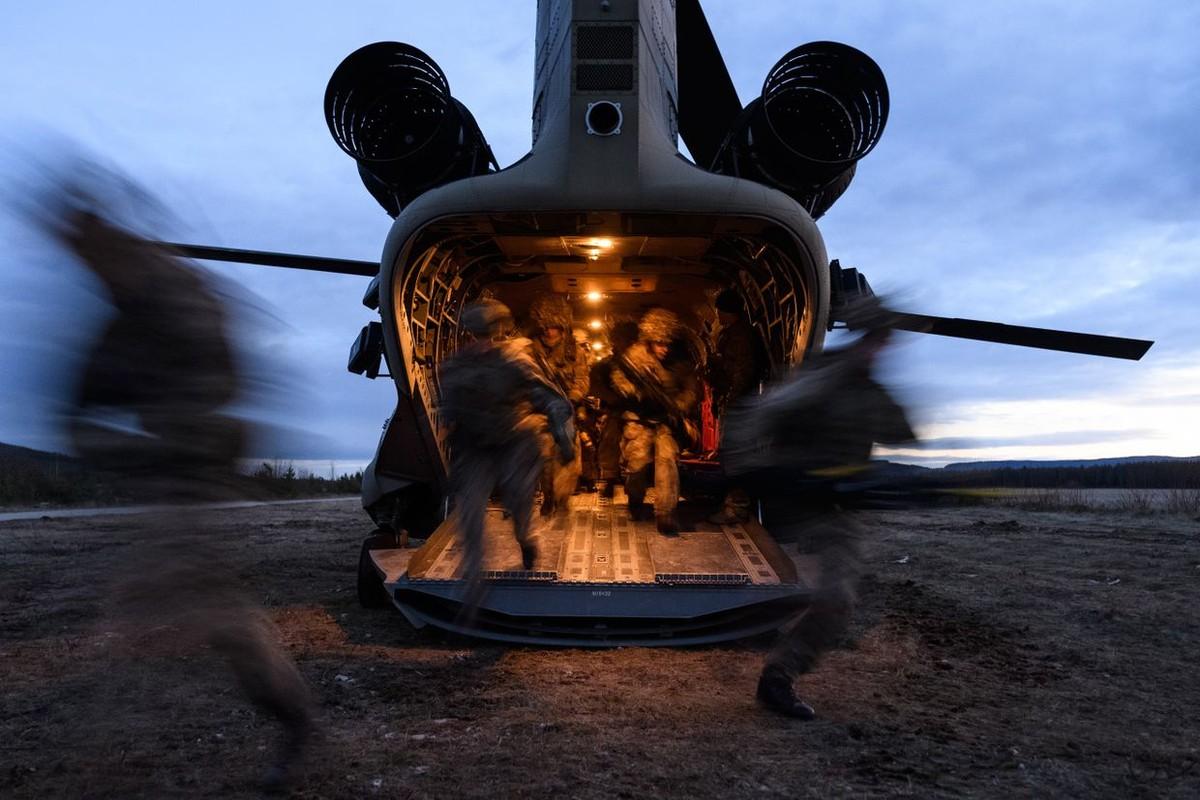 Nga soi ro tap tran lon nhat cua NATO ke tu Chien tranh Lanh-Hinh-9