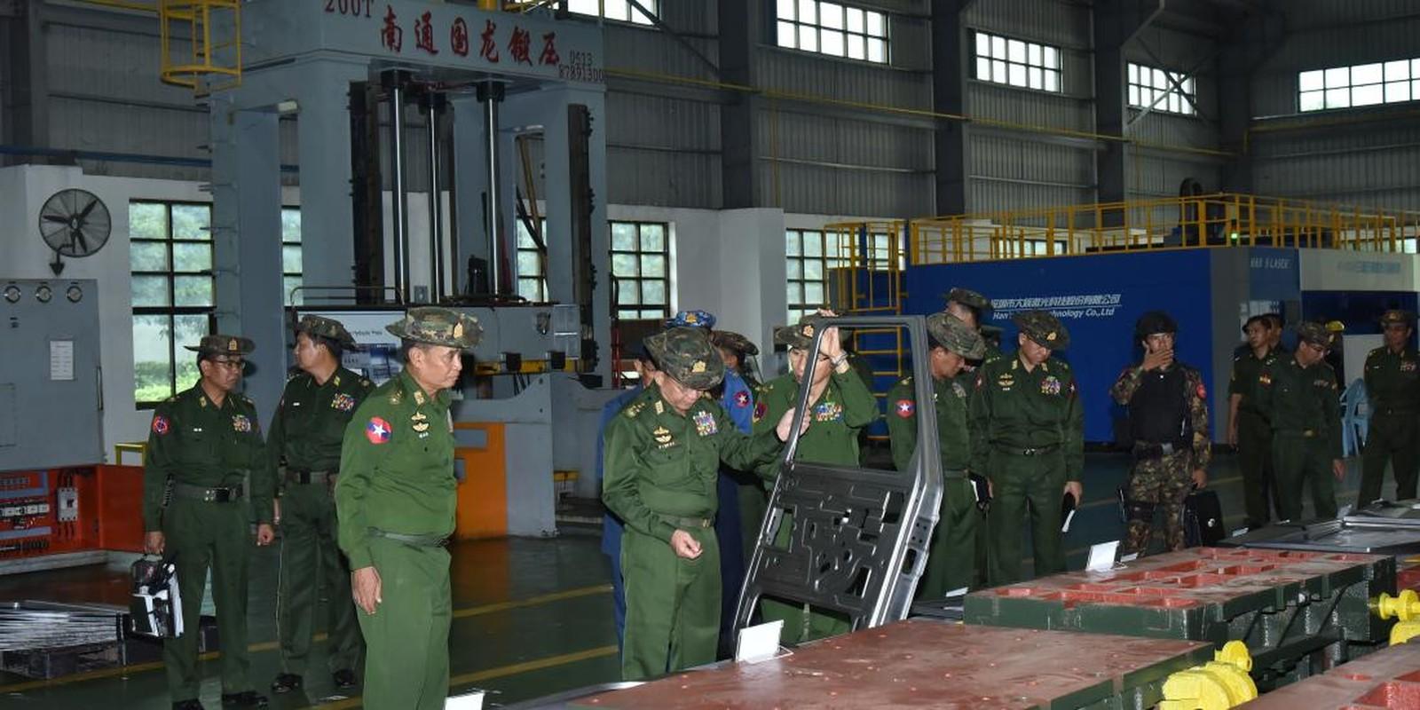 Bat ngo: Myanmar tu san xuat xe Jeep quan su nhu UAZ Lien Xo-Hinh-7