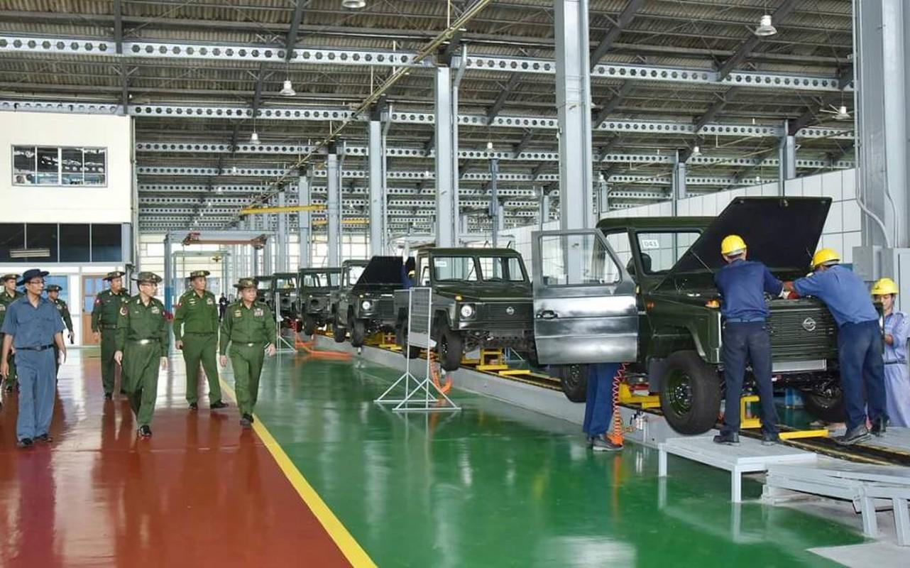 Bat ngo: Myanmar tu san xuat xe Jeep quan su nhu UAZ Lien Xo-Hinh-8