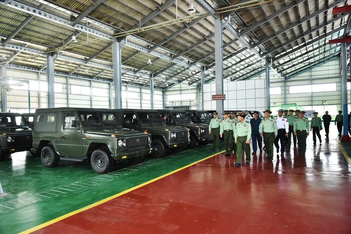Bat ngo: Myanmar tu san xuat xe Jeep quan su nhu UAZ Lien Xo-Hinh-9