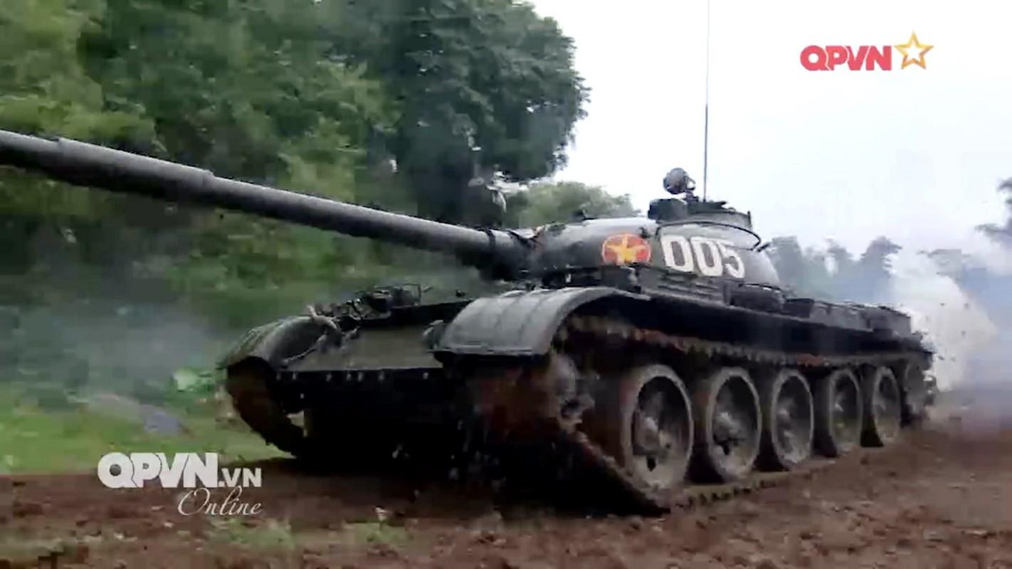 Lan dau tien xe tang T-62 Viet Nam xuat hien voi so luong lon-Hinh-5