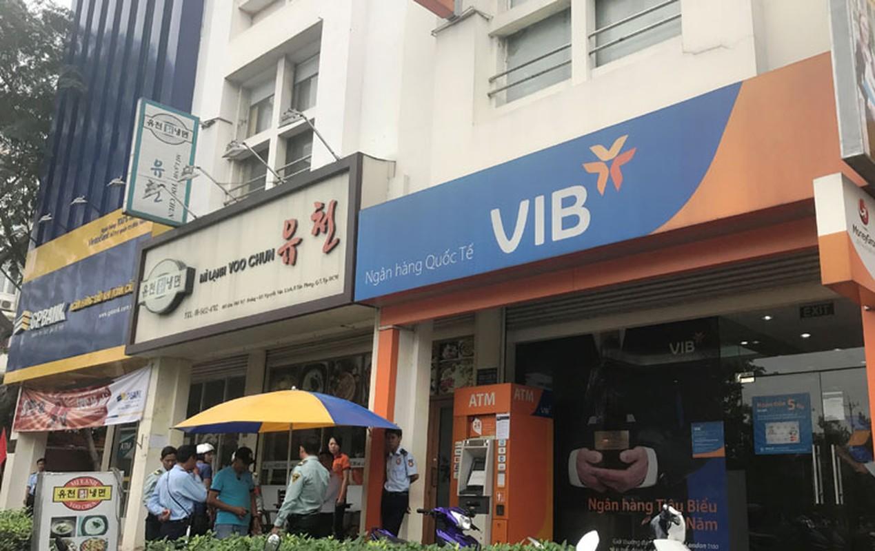 Hang loat may ATM BIDV, VIB, TP Bank ngung hoat dong ngay giap Tet-Hinh-12