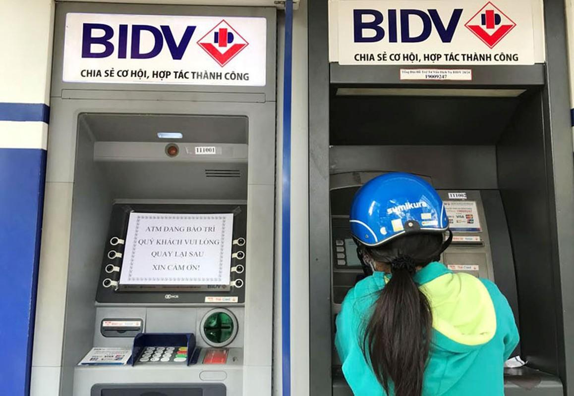 Hang loat may ATM BIDV, VIB, TP Bank ngung hoat dong ngay giap Tet-Hinh-4