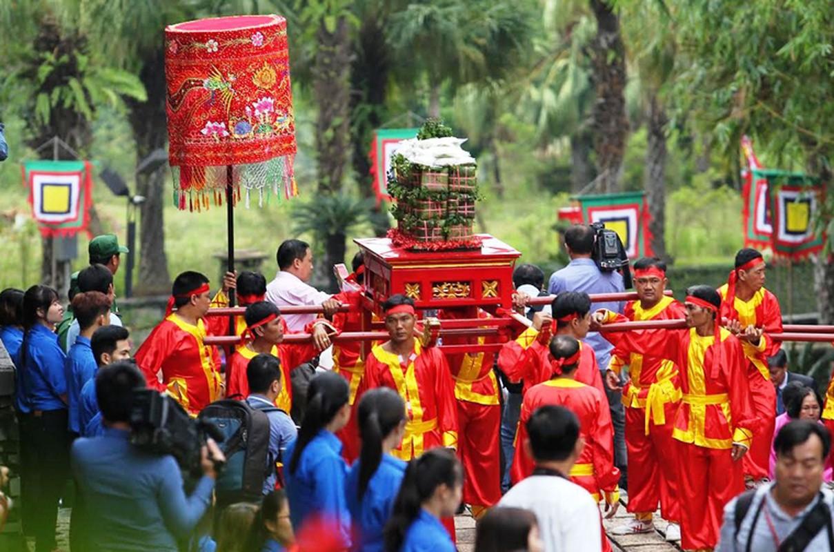 Nguyen Thu tuong Nguyen Tan Dung dang huong Den Hung o TP HCM-Hinh-4