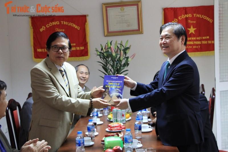 "Chu tich Phan Xuan Dung: ""Tong hoi Co khi Viet Nam luon khang dinh duoc tam voc""-Hinh-2"