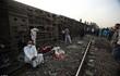 Hiện trường tai nạn tàu hỏa ở Ai Cập, hơn 100 người thương vong