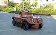 """Thợ mộc Việt tự """"chế"""" xe tăng EBR 105 từ ôtô Mitsubishi cũ"""