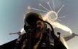 Làm sao phi công biết máy bay mình đang bị tên lửa địch khóa?