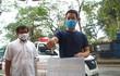 Ông Đoàn Ngọc Hải đến Hà Nội, người dân xúm vào ủng hộ tiền