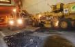 Máy móc, thiết bị cào rách hầm Kim Liên để sửa chữa