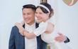 Mạc Hồng Quân và vợ cười tít mắt tổ chức lễ cưới tại Czech
