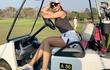 Nữ golfer bị châm biếm vì quá gợi cảm mỗi khi ra sân
