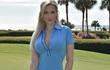 Trang phục thi đấu hot không đối thủ của golfer 9X