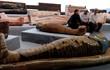 Bật nắp quan tài Ai Cập phát hiện xác ướp 2.500 năm tuổi