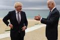 Gặp Thủ tướng Anh, Tổng thống Mỹ Joe Biden tặng món quà bất ngờ