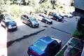 Video: Cụ bà hứng bé trai rơi từ độ cao 6 mét
