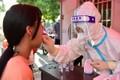 COVID-19 tại Trung Quốc: Hơn 1 tỷ người tiêm chủng đủ, vẫn bùng dịch?