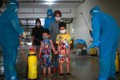 Chuyên gia: Ưu tiên vaccine cho trẻ có bệnh nền, chưa vội tiêm đại trà