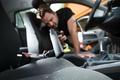 Chọn máy hút bụi ôtô nào tốt, dễ sử dụng và làm sạch cao?