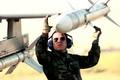 Tên lửa AIM-120 và cuộc cách mạng trong vũ khí đối không tầm xa