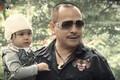 Hình ảnh đối lập của tài tử đóng vai bố Thy trong 'Hương vị tình thân'