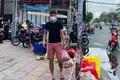 """Công Vinh than """"đời bất công"""" khi giúp Thủy Tiên từ thiện"""