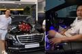 """Duy Mạnh cưỡi Mercedes-Benz hơn 5 tỷ hát """"Tôi Không Sao Kê Đâu"""""""