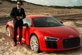 """Soi Audi R8 hơn 13 tỷ mà Công Vinh """"vừa sao kê"""" từng đọ dáng"""