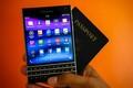 Nhìn lại các đời điện thoại BlackBerry từng gây sốt