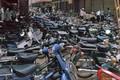 Loạt ảnh khó quên về xe máy ở Việt Nam đầu thập niên 1990 (1)