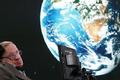 Thiên tài Hawking muốn loài người nhanh chóng rời khỏi Trái đất
