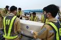 Hình ảnh tiếp nhận 39 thi thể người Việt tử vong ở Anh tại sân bay Nội Bài