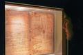 Cuốn sách cũ được Bill Gates quý đến nỗi phải cất vào mật thất riêng