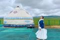 Cô gái Việt lái xe khám phá Tân Cương giữa dịch