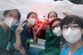 """Xe """"mui trần"""" của các tình nguyện viên tại TP.HCM"""